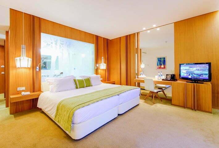 Martinhal een op en top familiehotel - Modern volwassen kamer behang ...