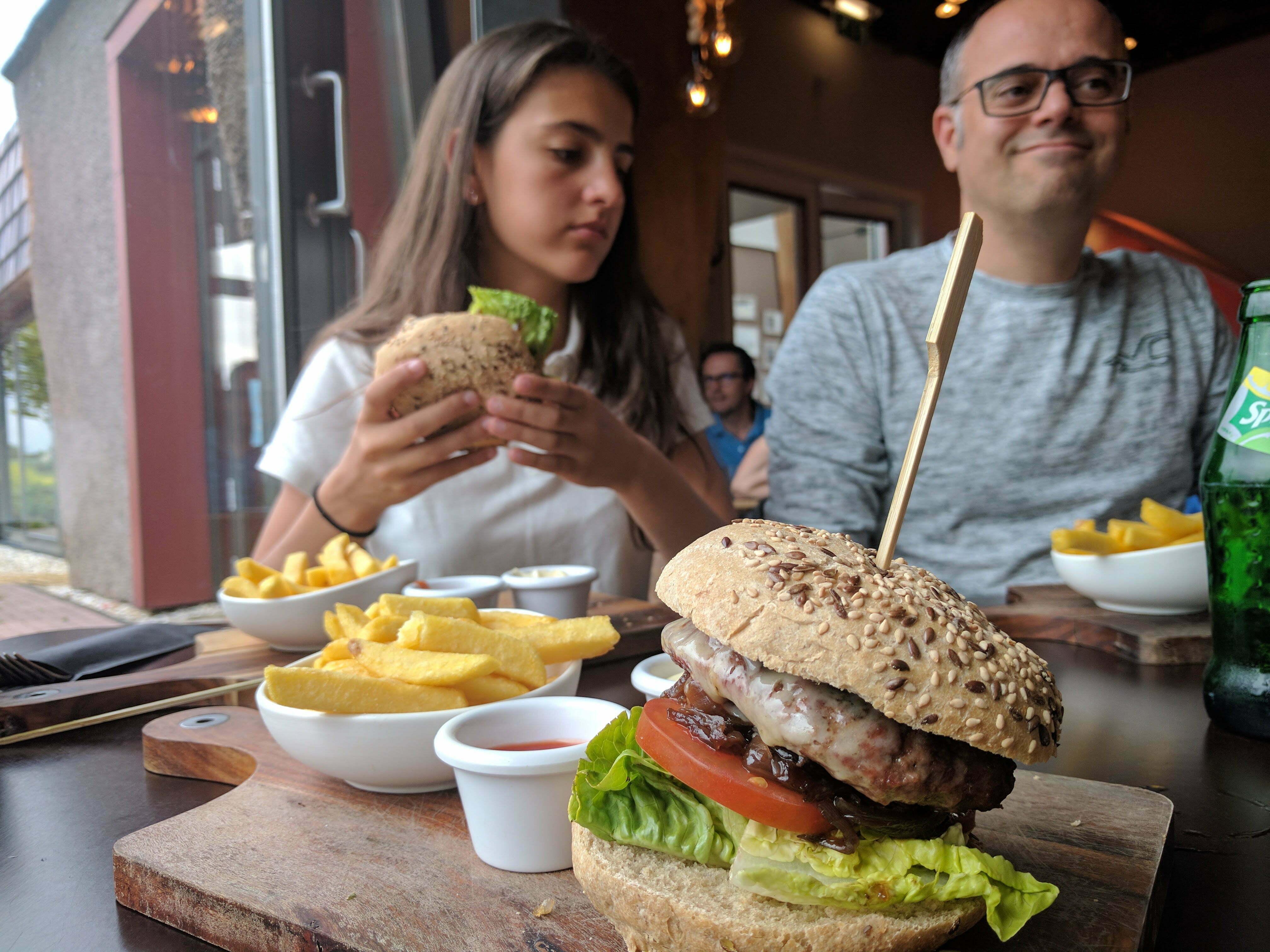 Hamburger bij Restaurant Bruis Blaricum