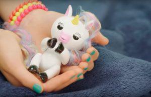 fingerlings unicorn slapen