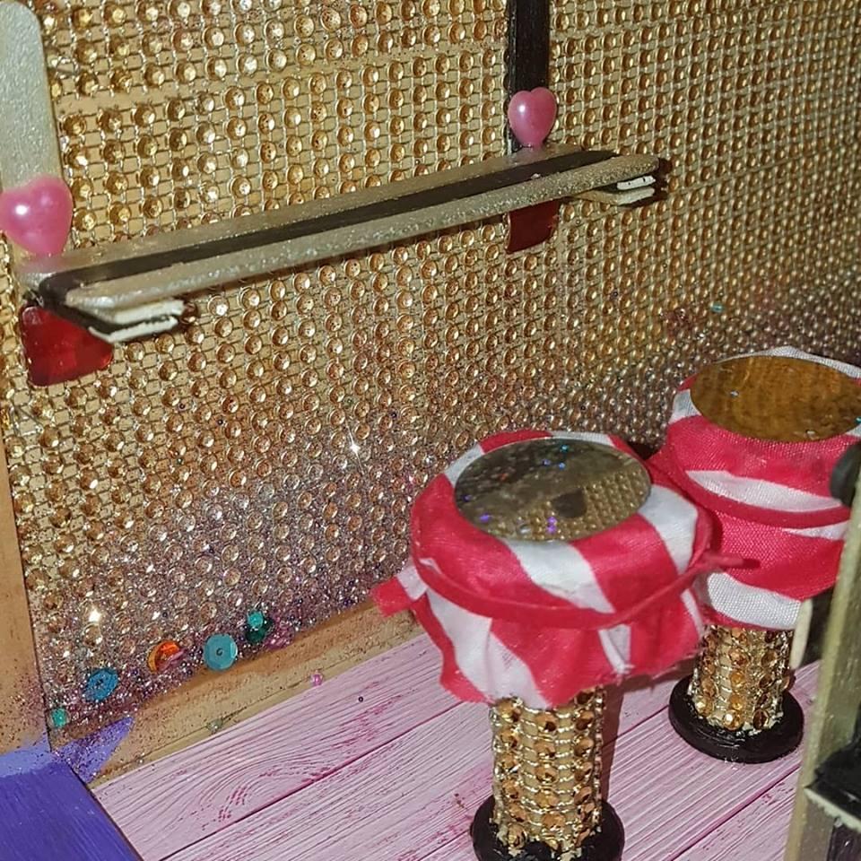 Moeders.nu Zuleikha Meijen blog poppenhuis dollhouse diy 3